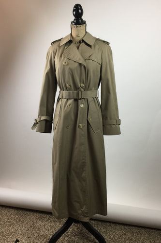 The Botany Trench Coat - M