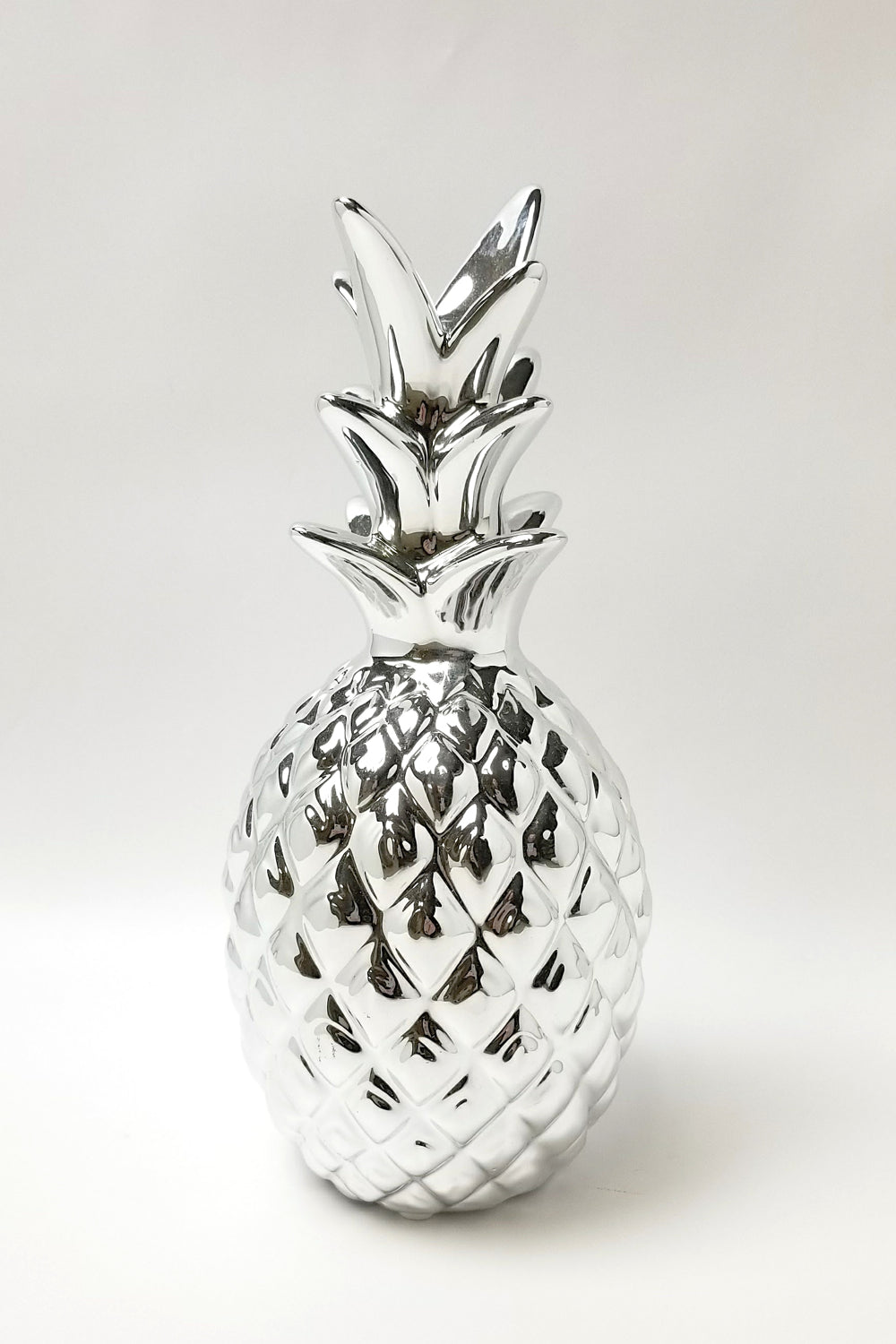 Decorative Metallic Pineapple - Gold or Silver