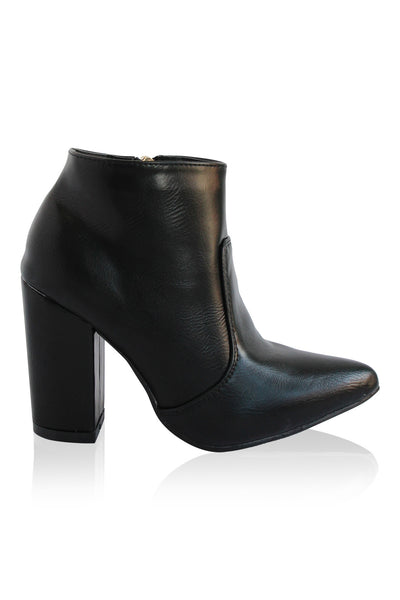 """Brittany"" Chunky Heel Pointy Toe Booties - Black"