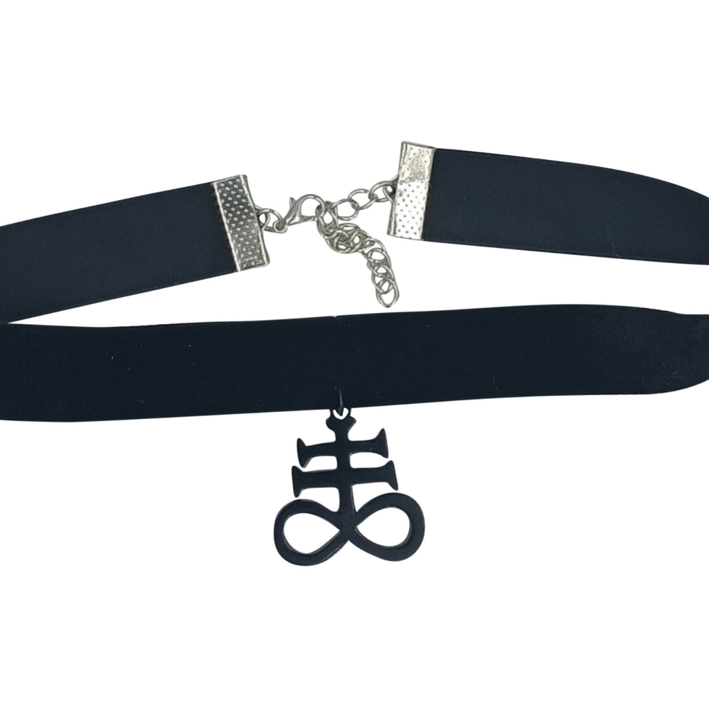 Leviathan cross choker