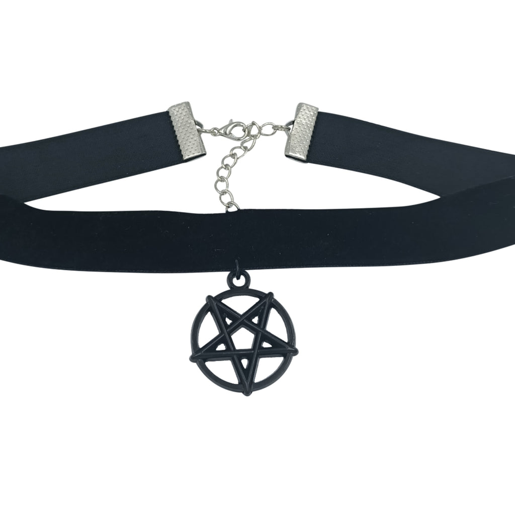 Inverted pentagram choker