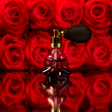 Load image into Gallery viewer, Black Tie Bouquet Refresher Bottle