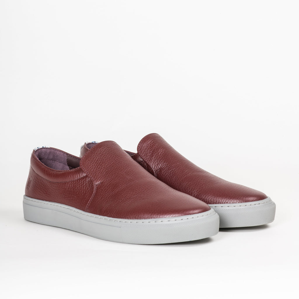Footwear - Women's Tompkins Oxblood