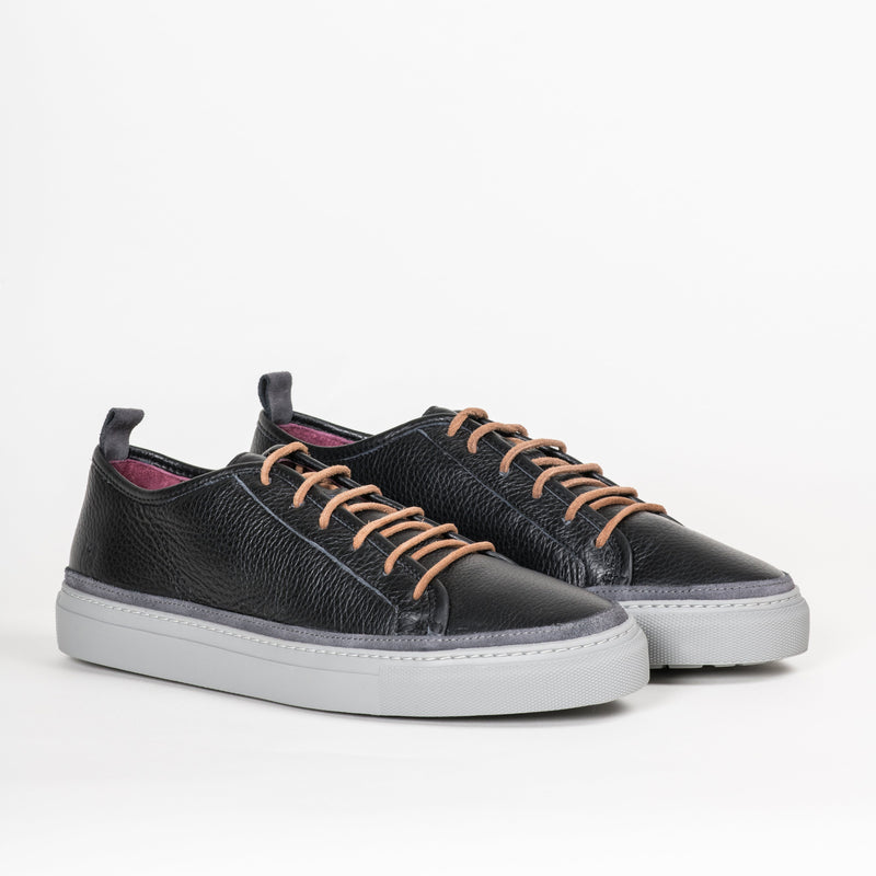 Sneakers - Women's Perry Black