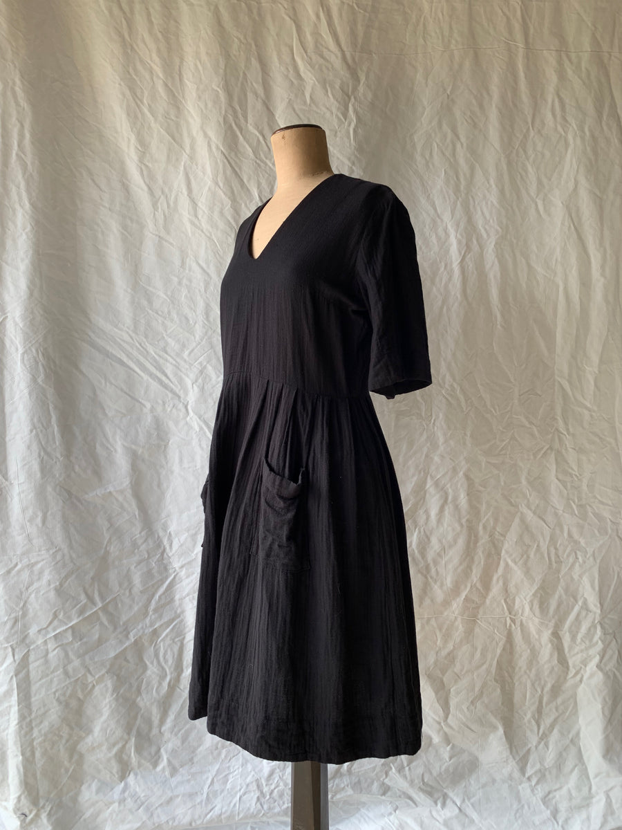 Pockets & Pleats Dress Linen
