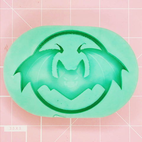 Oval Mold - Vampire Bat moon (Backed Shaker) - Chala Atelier & Supplies