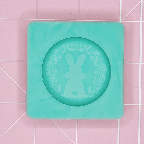 Single Grippie Mold: Etched Bunny Back Grippie - [Etched / Solid]
