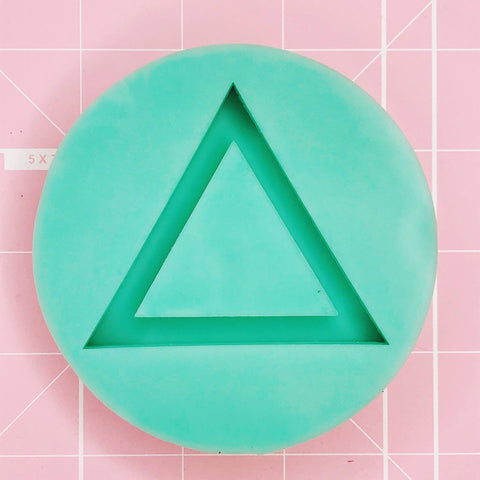 Round Mold -  Triangle (Backed Shaker) - Chala Atelier & Supplies