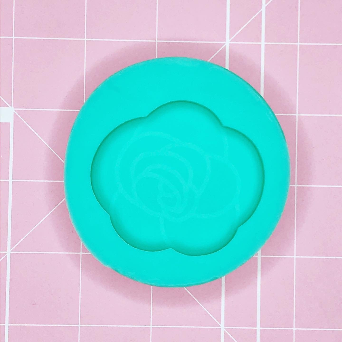 Single Cavity Mold: Etched Rose [Solid]