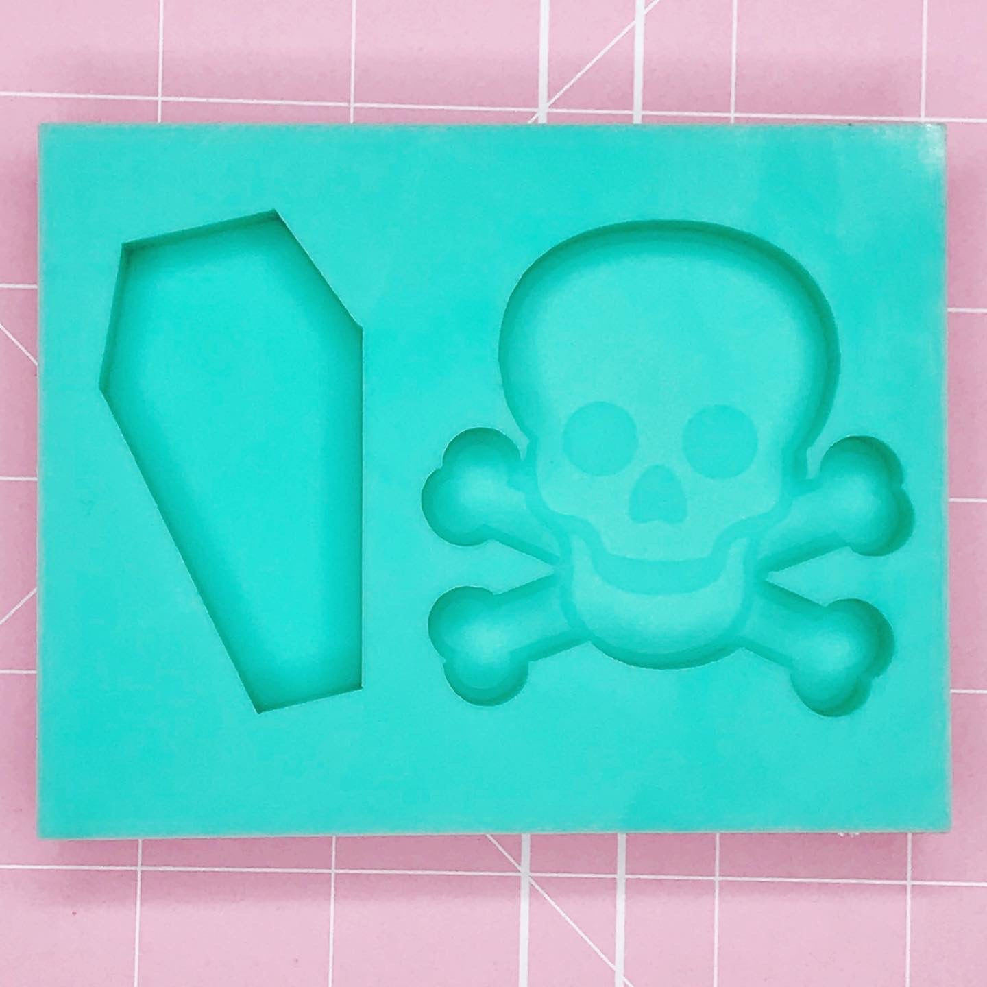 Palette Mold: Skull & Crossbones / Coffin Duo [Etched / Solid]