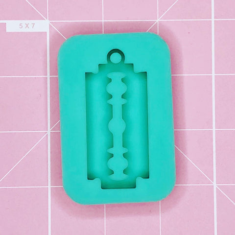 Single Cavity Mold: Razor Blade Keychain [Solid]
