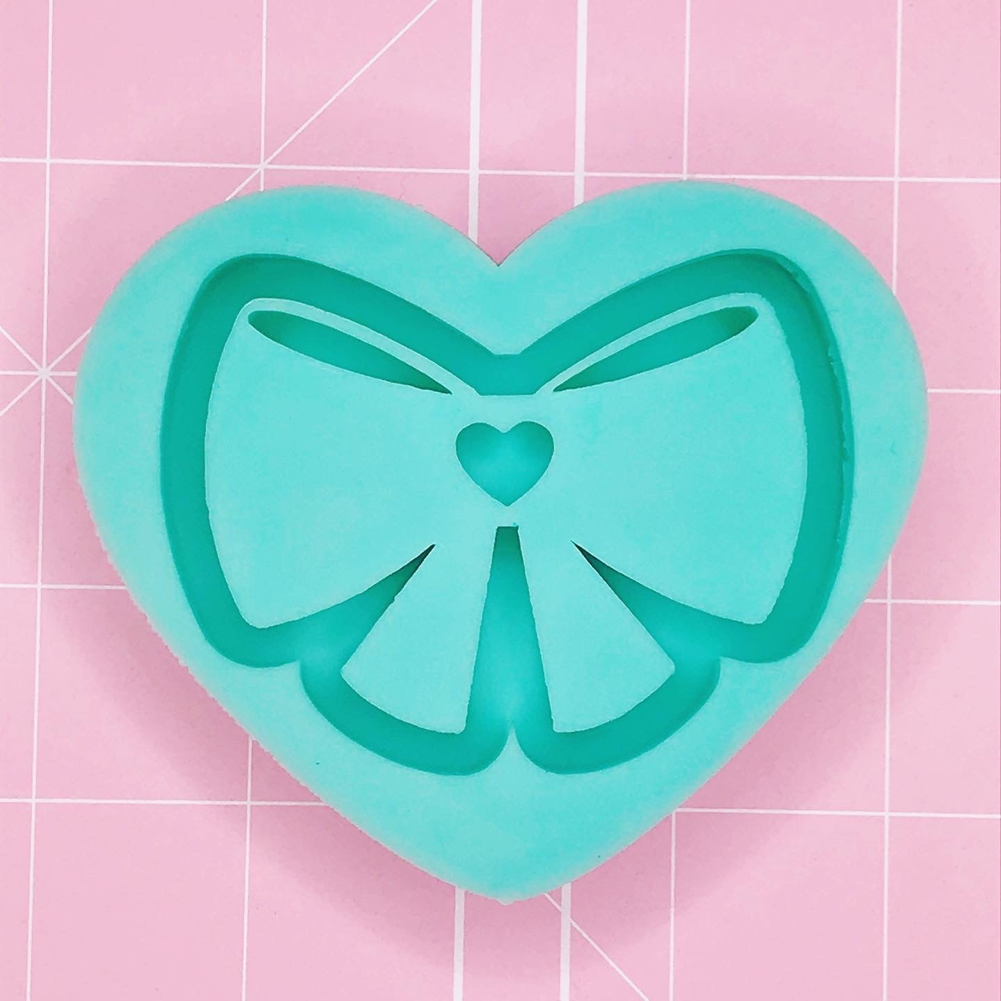 Heart Shape Mold - Magical Bow (Backed) - Chala Atelier & Supplies