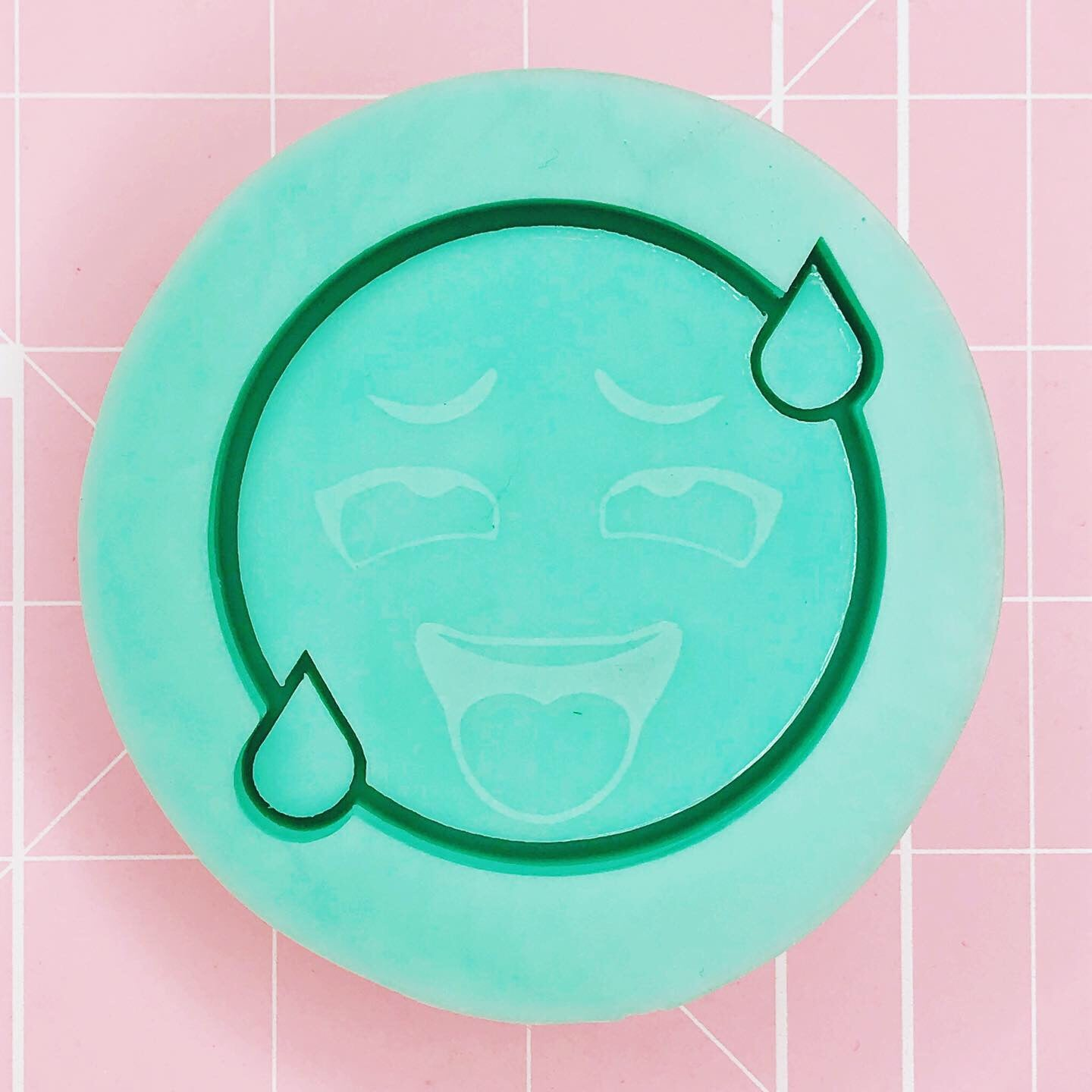 Round Lewd Mold -  Lewd Emoji (Backed Shaker) - Chala Atelier & Supplies