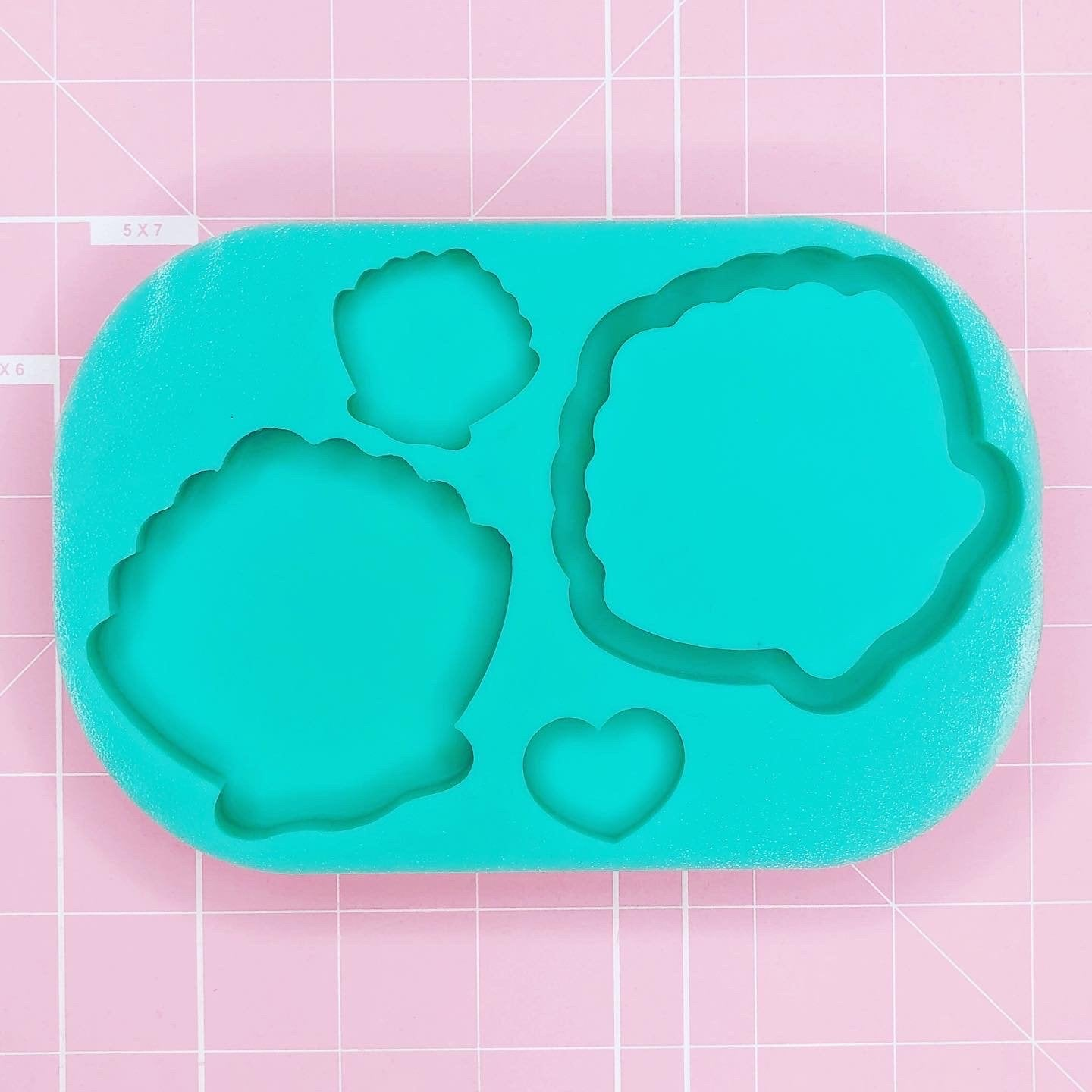 Palette Mold: Seashell Palette [Backed/Solid]