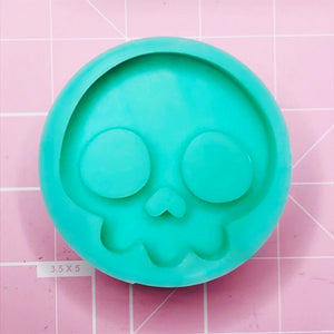 Round Mold - Skull (Backed) - Chala Atelier & Supplies