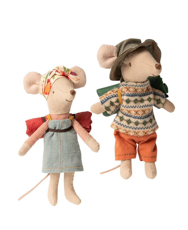 hiker mouse - big sister & big brother