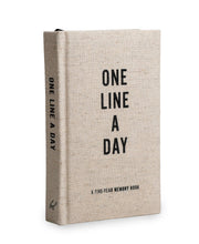 canvas one line a day: a 5 year memory book
