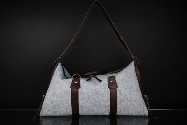 A Travel Bag - Dekora.Fashion
