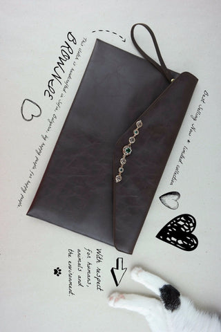 BROWNIE CLUTCH - Dekora.Fashion