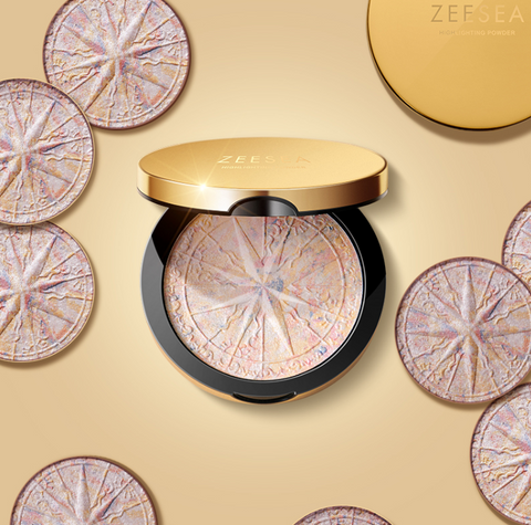 Shimmering Glow Powder Highlighter