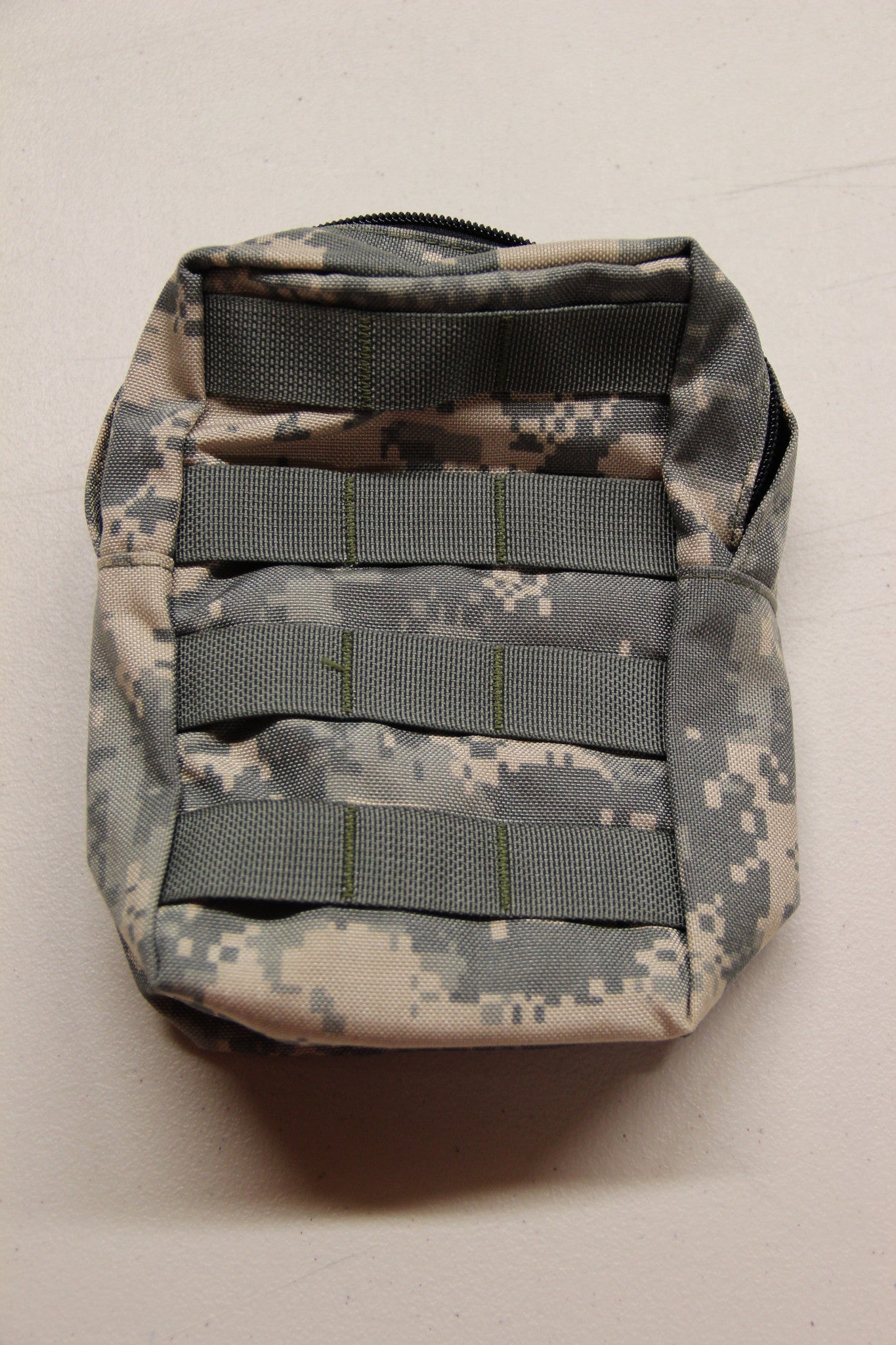 Paraclete Medium General Purpose Pouch - New/Issued - RELSurplus