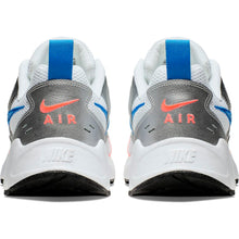 Laden Sie das Bild in den Galerie-Viewer, NIKE - AIR HEIGHTS - Silver