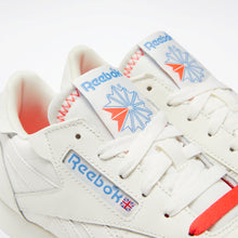 Laden Sie das Bild in den Galerie-Viewer, Reebok - Classic Leather - Chalk