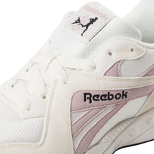 Lade das Bild in den Galerie-Viewer, Reebok - Pyro - Chalk