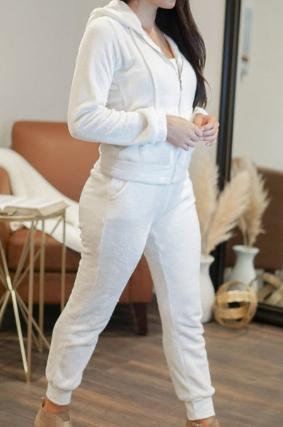White Faux Fur Set comfy sweater and pants set FOXXI Fashion Boutique