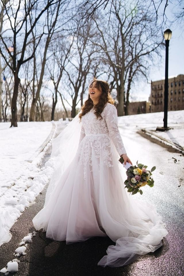 Vivia - Lace Long Sleeve Wedding Gown