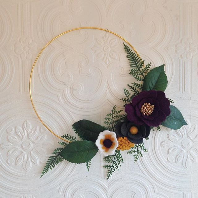 Felt flower wreath - Autumnal tones