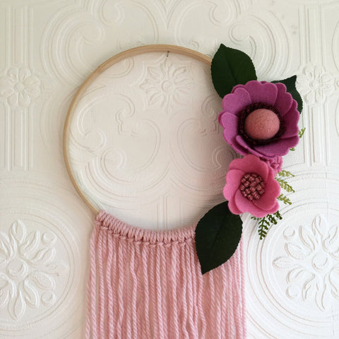 Felt flower wreath- pretty pinks