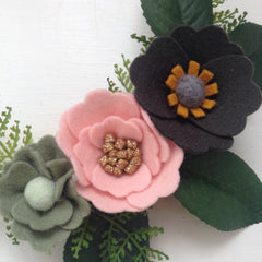 Felt flower wreath-17cm