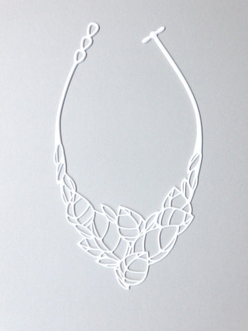 Batucada Acacia Necklace White