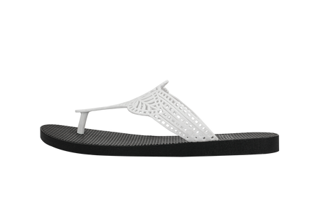 Batucada Indian Sandal - White