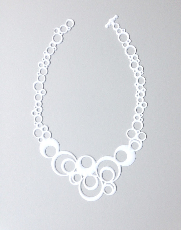 Batucada Night Bubbles Necklace - White