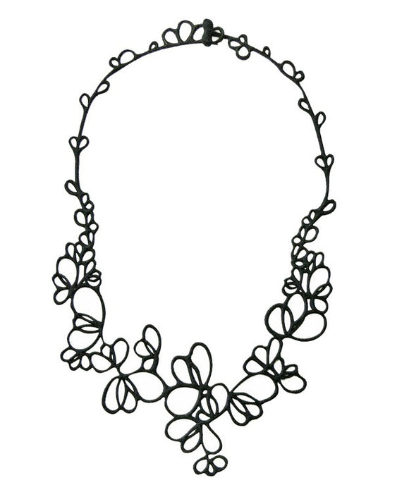 Batucada Petals Necklace