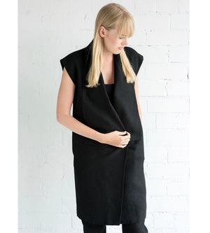 Motumo - Black Linen Tunic at Amberoot (4)