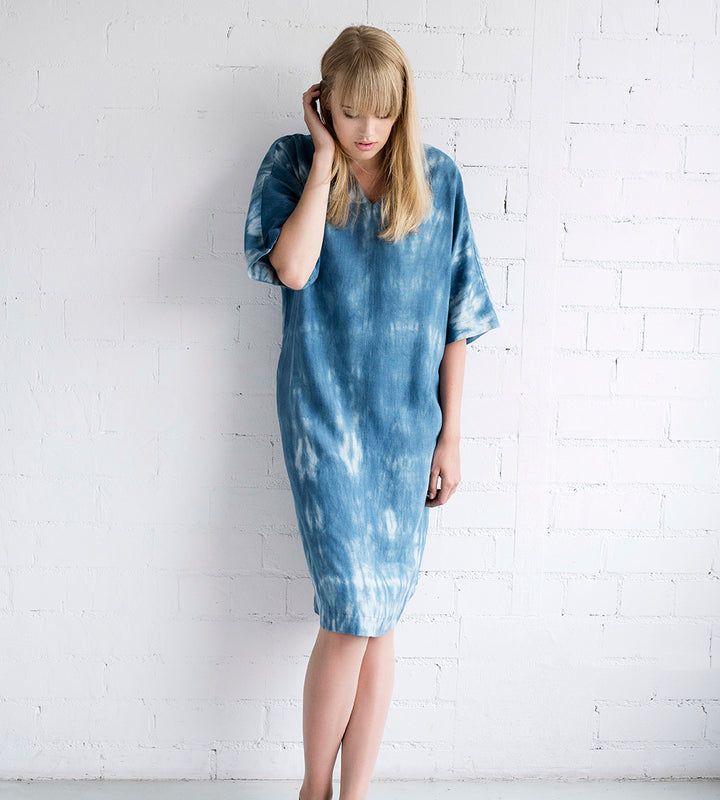Motumo - Blue Linen Tie Dye Summer Dress at Amberoot (4)