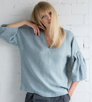 Motumo - Drop Shoulder Blouse in Grey Blue Linen at Amberoot (2)