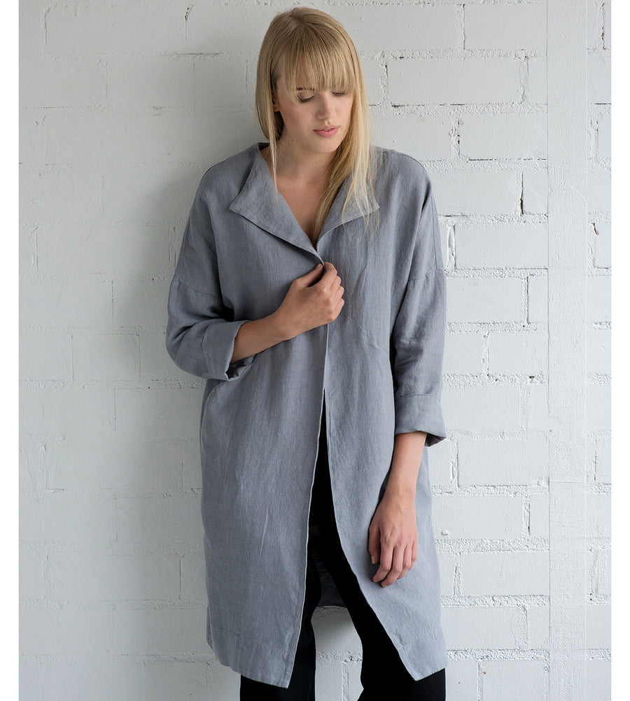 Motumo - Light Grey Linen Mac at Amberoot (3)