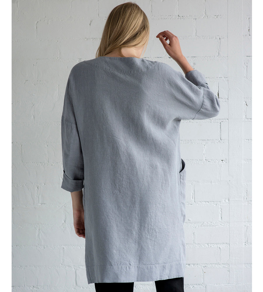 Motumo - Light Grey Linen Mac at Amberoot (6)