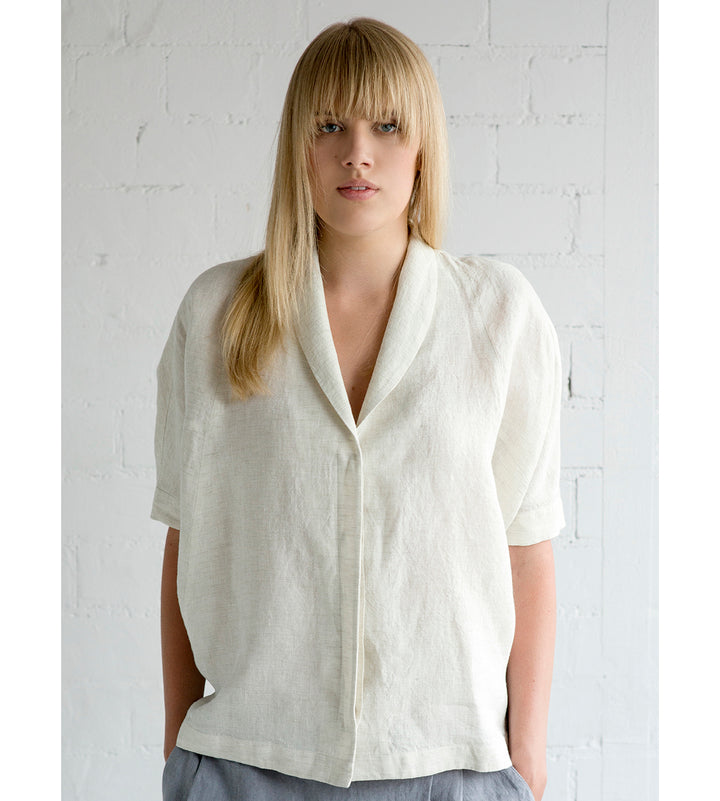 Motumo - White Linen Shirt at Amberoot (1)