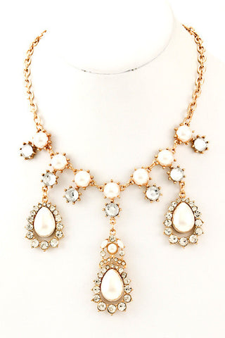 Acrylic Cream Pearl Teardrop Trio Crystal Necklace