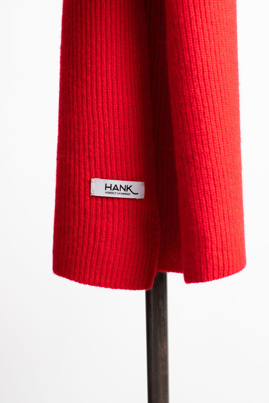 Hank-Perfect-Cashmere-Concord-Ribbed-Scarf-Rogue