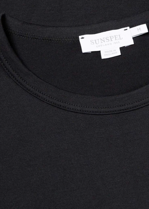 Sunspel-Short-Sleeve-Classic-Crew-Neck-T-Shirt-Black