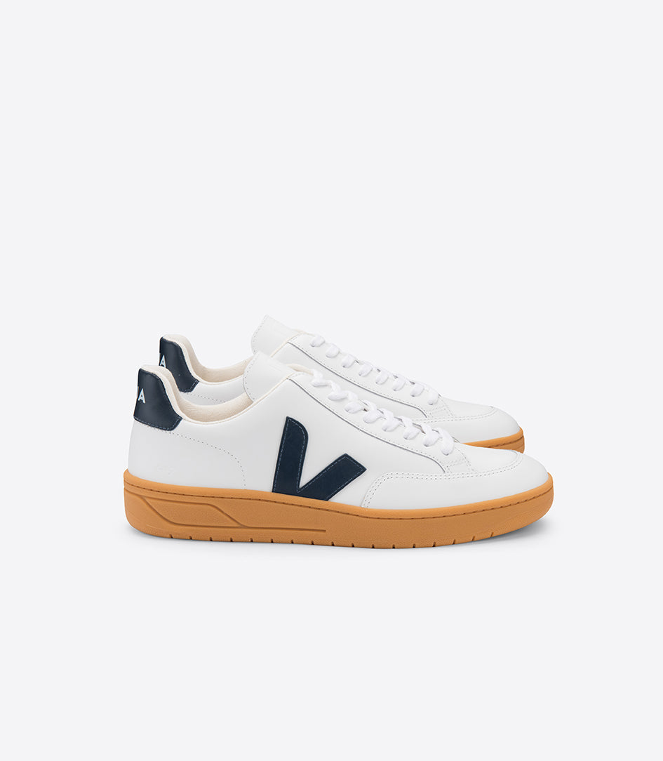Veja-V-12-Leather-Extra-White-Nautico-Gum-Sole-Sneaker