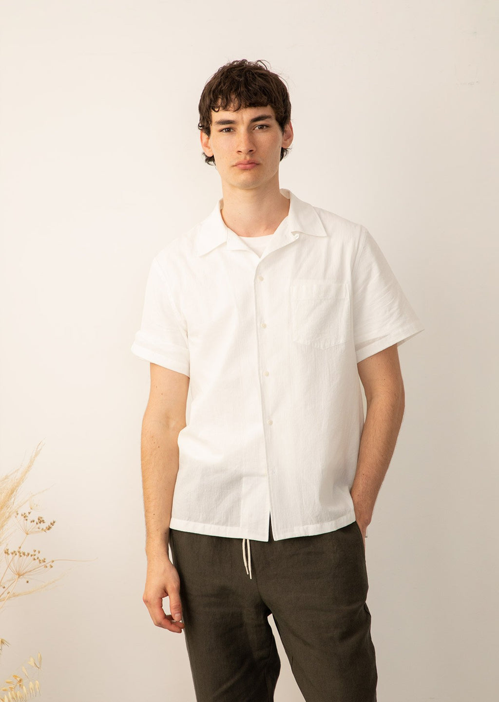 De-Bonne-Facture-Short-Sleeve-Button-Down-White