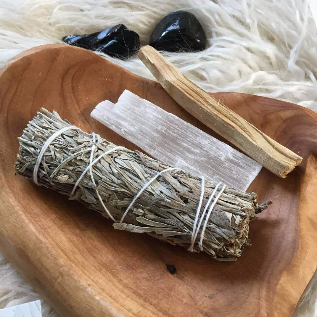 Sage and crystals ritual kit