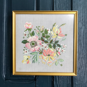 Vintage Framed 'Pastel Flower' Needlework